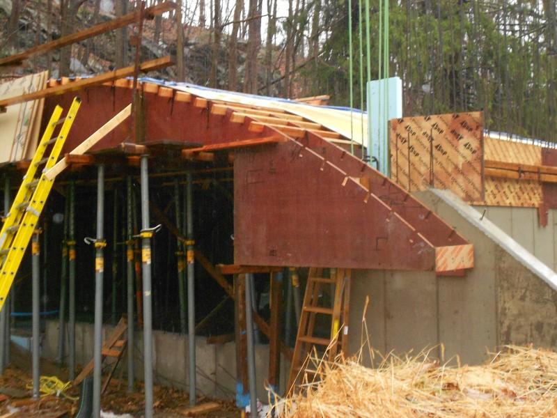 Almost done. Corner spandrel taking shape.