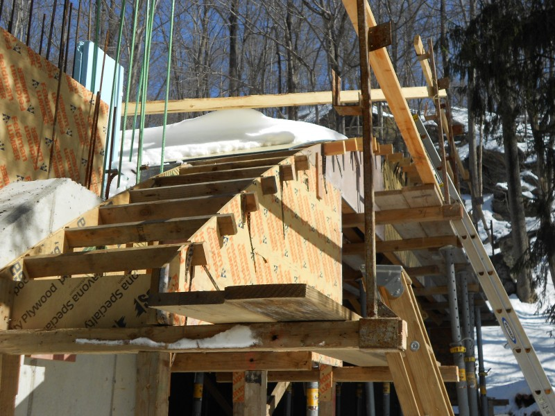 Southeast corner : Protction in and 2x4 framing installed.