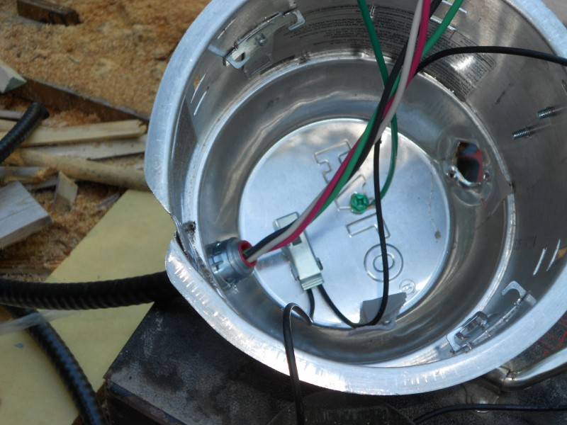Green grounding wire added to bottom of hi-hat.