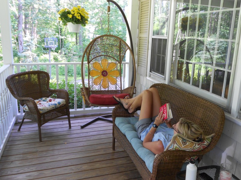 flower child of the sixties chair?