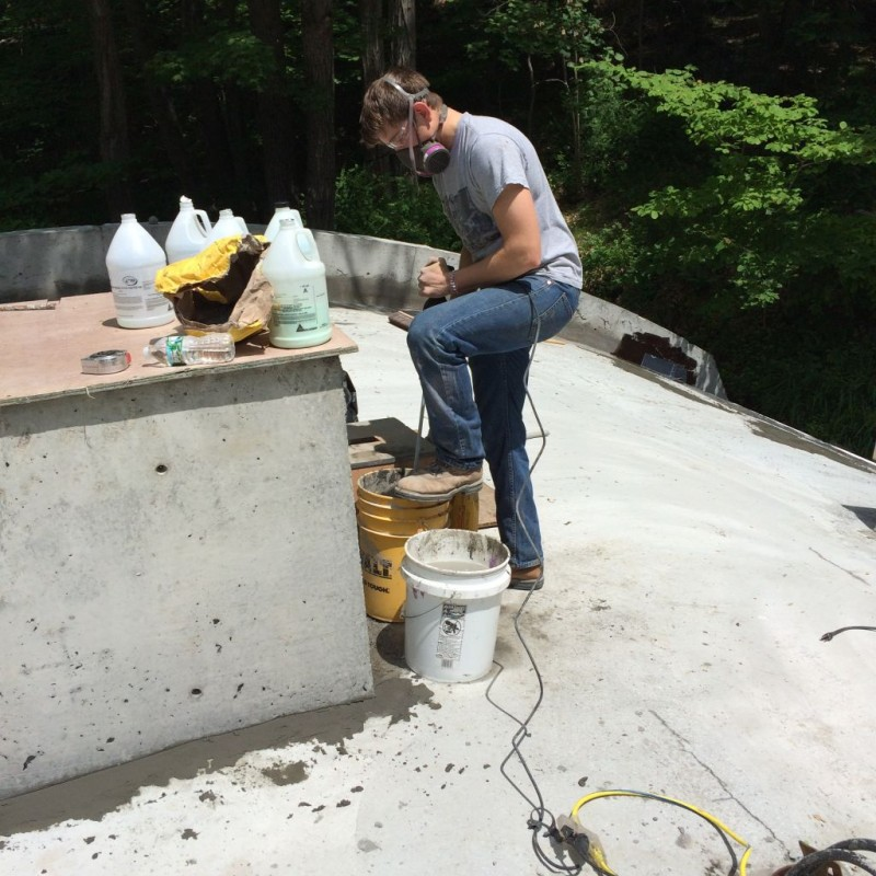 Terence mixing the Sika 123.